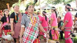 2.000 Penari Ramaikan Festival Hudoq 2018
