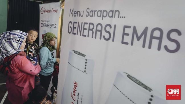 Prabowo kemudian menjanjikan akan membuat susu menjadi murah harganya jika nanti terpilih jadi Presiden RI. (CNN Indonesia/Adhi Wicaksono)