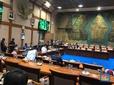 Rapat Harga BBM Antara Jonan-DPR Memanas, Terpaksa Diskors