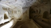 Di reruntuhan ini, tercatat bermacam lukisan dinding peninggalan Romawi Kuno terkait prosesi pemakaman di era tersebut. (REUTERS/Ismail Zitouny)
