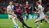 Bermain tanpa Lionel Messi, Barcelona tetap mampu tampil dominan dan menghasilkan serangan-serangan berbahaya ke gawang Inter Milan. (REUTERS/Albert Gea)