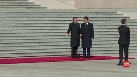 VIDEO: Shinzo Abe Disambut di Tiananmen Square China
