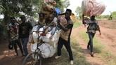 Angola memang dianggap memiliki prospek penjualan berlian yang tinggi sehingga pemerintah berupaya keras memberantas korupsi dan penambangan ilegal agar dapat bersaing dengan Botswana dan Afrika Selatan. (Reuters/Giulia Paravicini)