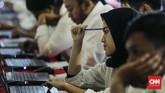 Badan Kepegawaian Negara (BKN) mengatakan pihaknya telah menyiapkan kertas dan pensil untuk mengerjakan soal di dalam ruangan. (CNNIndonesia/Adhi Wicaksono)