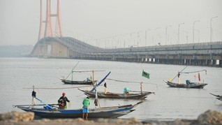 Hari Ini Jokowi Gratiskan Tarif Tol Jembatan Suramadu