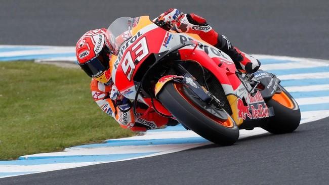 Marc Marquez menjadi pole sitter di MotoGP Australia 2018 dengan mencatatkan waktu 1 menit 29,199 detik. (REUTERS/Brandon Malone)
