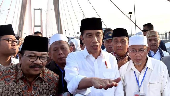 Ini Alasan Jokowi Gratiskan Tol Suramadu