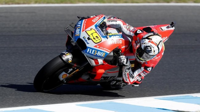 Alvaro Bautista yang menggantikan Jorge Lorenzo di tim Ducati memberikan perlawanan luar biasa dan nyaris merebut podium. Bautista finis di posisi keempat. (REUTERS/Brandon Malone)