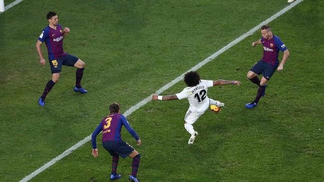 Real Madrid sempat memperkecil kedudukan menjadi 2-1 lewat gol Marcelo di menit ke-50. (REUTERS/Sergio Perez)