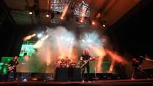 Dave Mustaine Kanker Tenggorokan, Megadeth Batalkan Konser