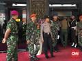 Keluarga Korban Datangi Soetta, Menanti Kehadiran Jokowi