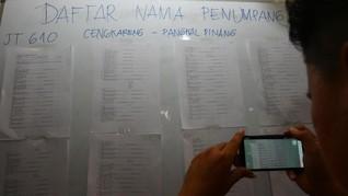 Cari Info, Kerabat Korban JT-610 'Dipingpong' Soetta-Halim