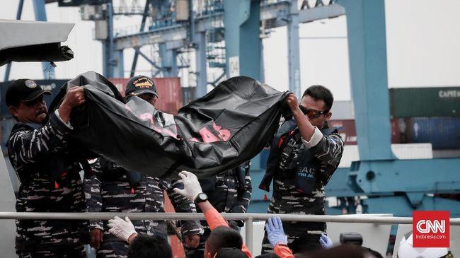 Hari Kedua, 26 Kantong Jenazah Korban JT-610 Dievakuasi