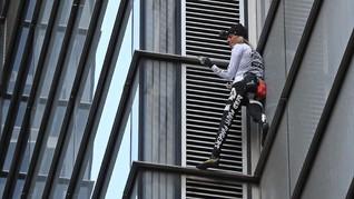 Panjat Menara Tertinggi Manila, 'Spider Man' Prancis Dibekuk