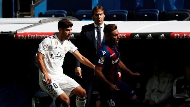Setelah kekalahan dari Sevilla, Real Madrid tidak pernah mampu mencetak gol hingga 481 menit. Madrid baru mampu mencetak gol saat dikalahkan Levante 1-2 di Stadion Santiago Bernabeu, 20 Oktober 2018. (REUTERS/Susana Vera)