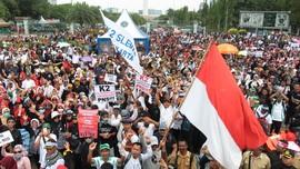 Ribuan Guru Honorer Demo Istana Minta Diangkat PNS