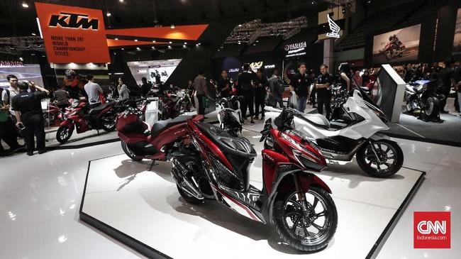 IMOS 2018 merupakan ajang pameran sepeda motor yang digelar dua tahun sekali yang menjadi barometer kemajuan industri roda dua Tanah Air. (CNNIndonesia/Safir Makki)