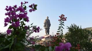 India Relokasi Ratusan Buaya Demi Turis Patung Kesatuan