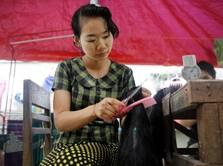 Makan Tikus & Ular, Kala Lockdown Buat Lapar Warga Myanmar