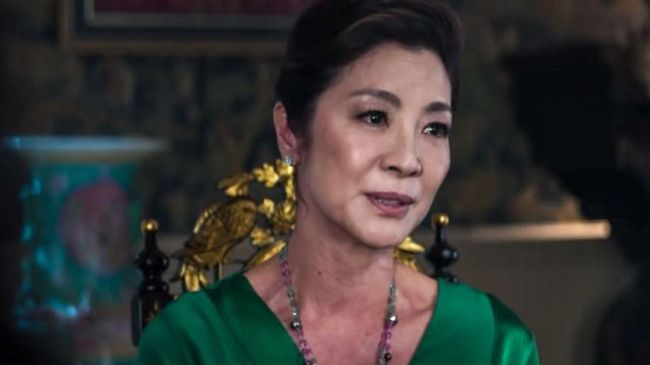 Michelle Yeoh Bangga Berperan di 'Crazy Rich Asians'