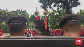 LBH Minta Pelanggaran Aparat dalam Aksi Buruh di DPR Diusut