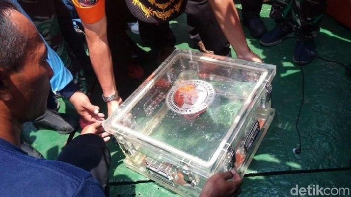 Isi percakapan di kokpit penerbangan Lion Air JT 610 yang jatuh di Laut Jawa.
