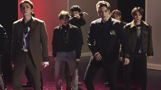 EXO Jadi Perampok di Video 'Love Shot'