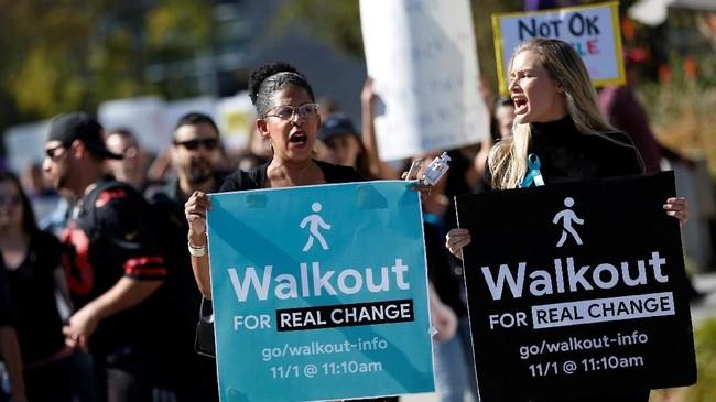 Aksi bernama Walkout for Real Change ini diharapkan dapat mengubah transparansi perusahaan terhadap kasus pelecehan. (REUTERS/Stephen Lam)
