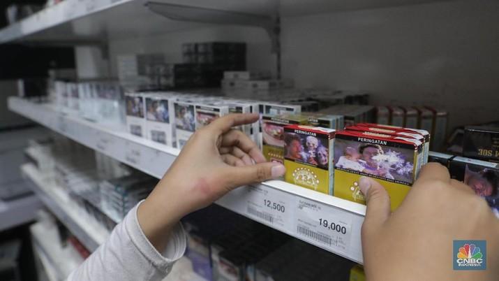 Pemerintah memutuskan menaikkan cukai rokok 23% mulai 1 Januari 2020.