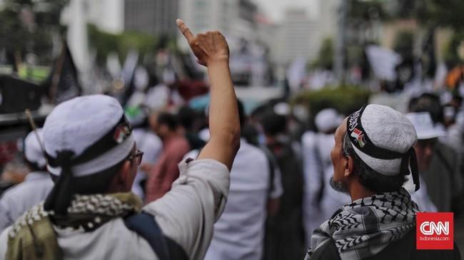 Aksi Bela Tauhid kembali digelar, di Jakarta, Jumat (2/11) sebagai reaksi atas pembakaran bendera di Garut beberapa waktu lalu. (CNN Indonesia/Adhi Wicaksono)