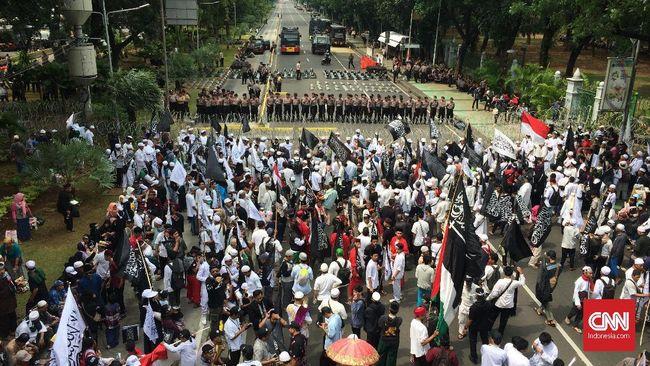 Jalan Diblokade, Massa Aksi Bela Tauhid Tak Bisa ke Istana