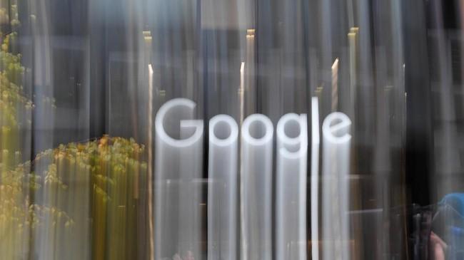 Staf Google di seluruh dunia keluar dari kantor mereka pada pukul 11:10 pagi waktu setempat. Menurut posting media sosial, mereka menginginkan perubahan di perusahaan. (REUTERS/Toby Melville)