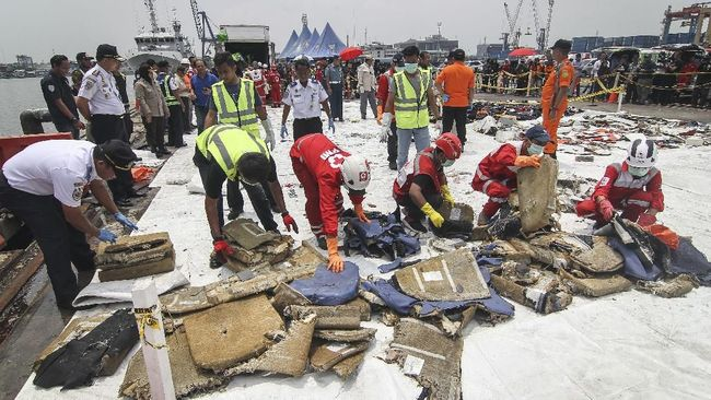 Puslabfor Polri: Serpihan Lion Air Negatif Bahan Peledak