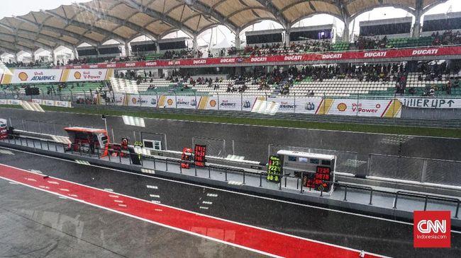 Hujan Deras, Kualifikasi MotoGP Malaysia 2018 Ditunda