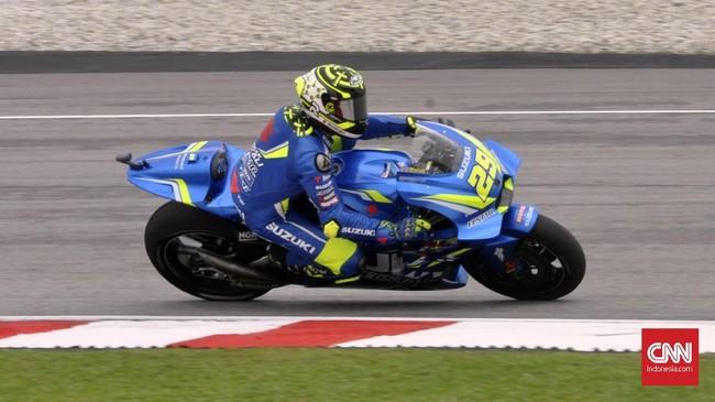 Pebalap Suzuki Andrea Iannone akan start dari posisi ketiga setelah Marc Marquez mendapat hukuman penalti. (CNN Indonesia /Haryanto Tri Wibowo)