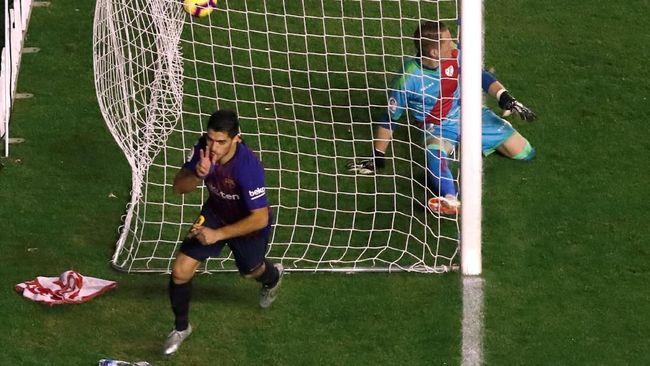 Suarez Dua Gol, Barcelona Menang 3-2 atas Rayo Vallecano
