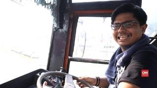 VIDEO: Menunggangi Si Raja Jalanan Ibu Kota