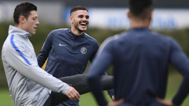 Mauro Icardi, bomber Inter Milan jadi ancaman utama bagi lini pertahanan Barcelona di laga nanti. Inter jelas bertekad membalas kekalahan di matchday sebelumnya. (Miguel MEDINA / AFP)