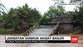Diterjang Banjir Bandang, Jembatan Ambruk