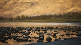 FOTO: Danau Yesus yang Ternoda Polusi