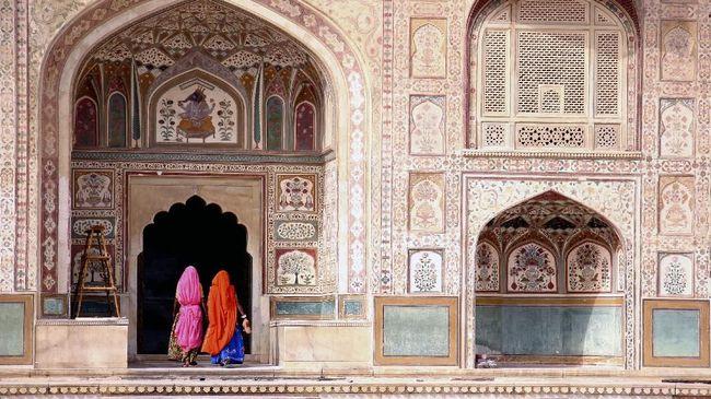 Menjelajahi Eksotisme Tersembunyi di Agra