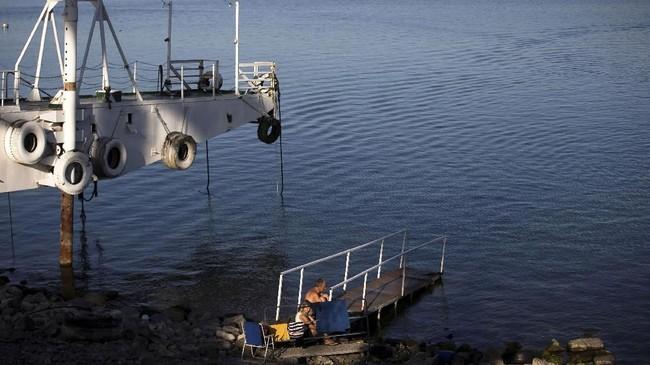 Saat ini pemerintah Israel berusaha menyelamatkan kawasan perairan tersebut dengan mengeruk dan membuat pipa pembuangan limbah dengan sistem yang lebih terstruktur. Harapannya Perairan Galilee bisa kembali lestari pada tahun 2026.