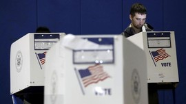 FOTO: Warga AS Tentukan Nasib Trump dalam Pemilu Sela