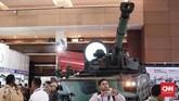 """Medium tank buatan PT. Pindad yang diberi nama """"Harimau"""" oleh Presiden Joko Widodo jadi salah satu alutsista yang dipamerkan. (CNN Indonesia/Andry Novelino)"""
