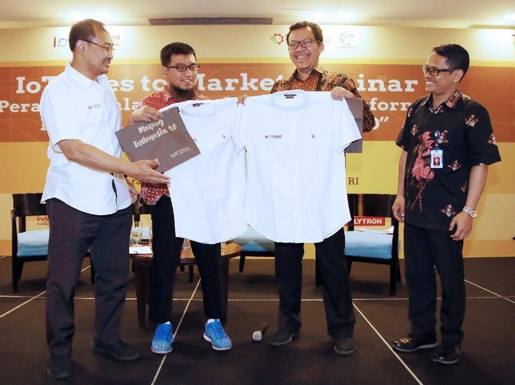 Kementerian Perindustrian mendukung langkah Indonesia IoT Forum dalam mengkampanyekan Internet of Things sebagai salah satu teknologi fundamental dalam implementasi industri 4.0. Foto: dok. Kemenperin