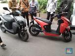 Jokowi Kedatangan Motor Listrik di Istana, Siap Diluncurkan
