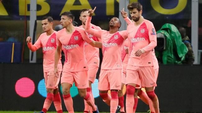 Barcelona akhirnya memecah kebuntuan di menit ke-83 lewat tendangan Malcom yang baru masuk ke lapangan dua menit sebelumnya. (REUTERS/Stefano Rellandini)