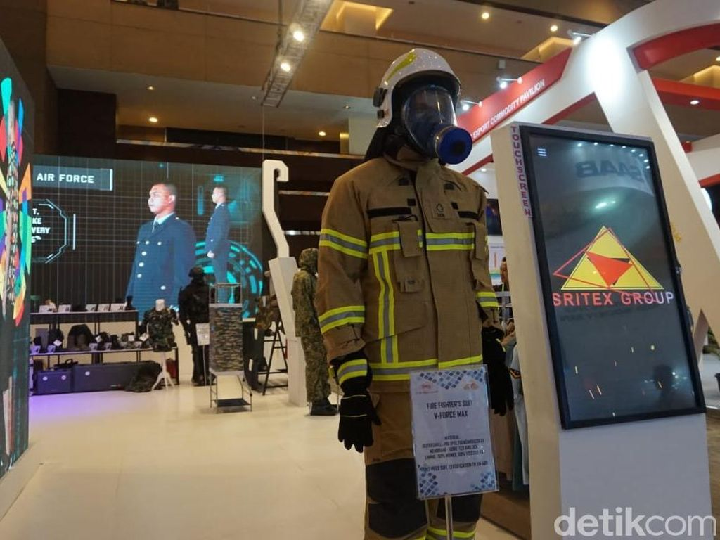Hingga saat ini pemakaian untuk seragam pemadam kebakaran ini sudah digunakan untuk pemadam kebakaran di Hongkong dan Singapura.