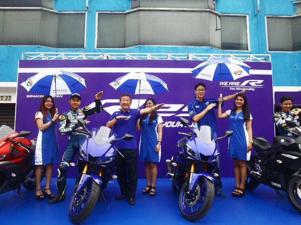 YamahaIndonesia Motor Manufacturing (YIMM) telah merilis motor anyarnya, sebanyak 10 unit Yamaha R25 akan dijajal jurnalis.Foto: Grandyos Zafna
