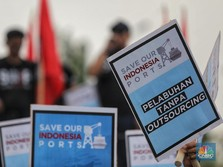 Ratusan Pekerja Pelabuhan Tuntut Dihapusnya Outsourcing